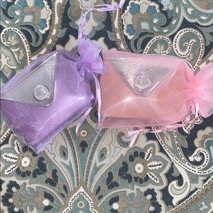 cute little mirrors with matching bags